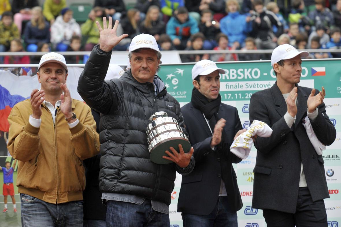 Tomáš Berdych, Radek Štěpánek, Jaroslav Navrátil a Vladimír Šafářík při oslavách Davis Cupu v Prostějově
