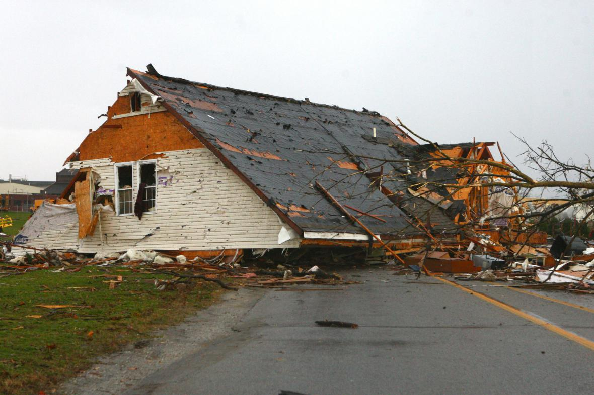 Americký severozápad zasáhly desítky tornád