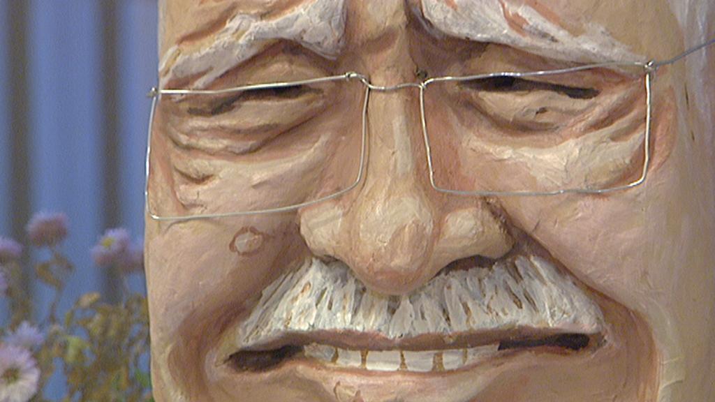 Maska Václava Klause, která se objevila na loňském průvodu