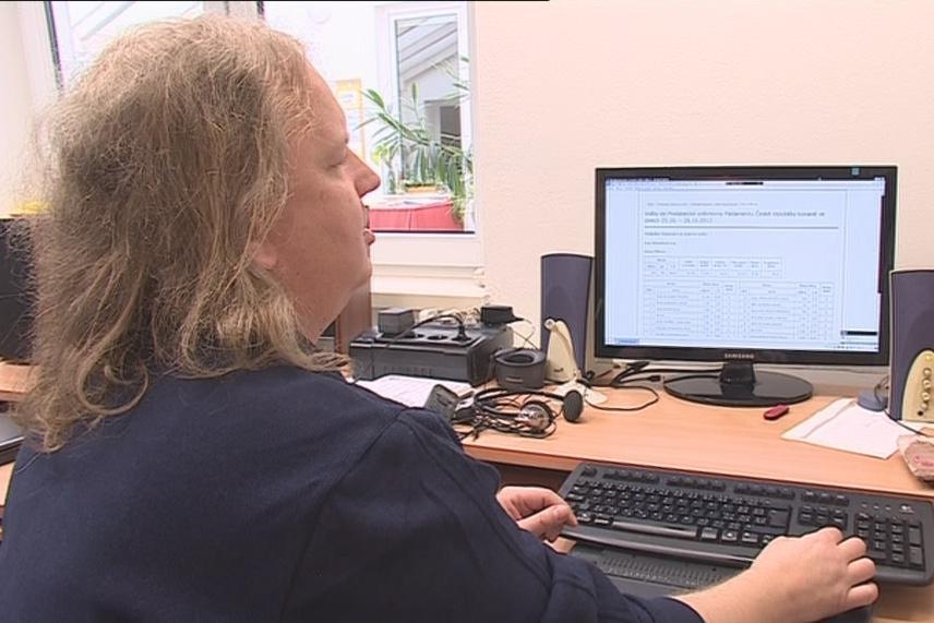 Řada webových stránek je pro nevidomé nedostupná
