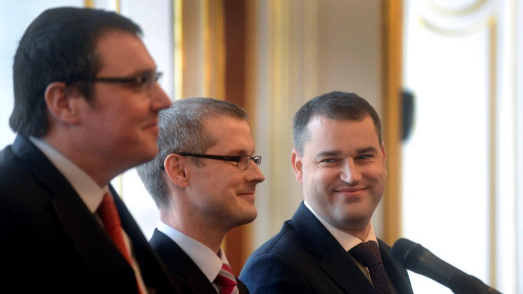 Miroslav Singer, Vladimír Tomšík a Mojmír Hampl