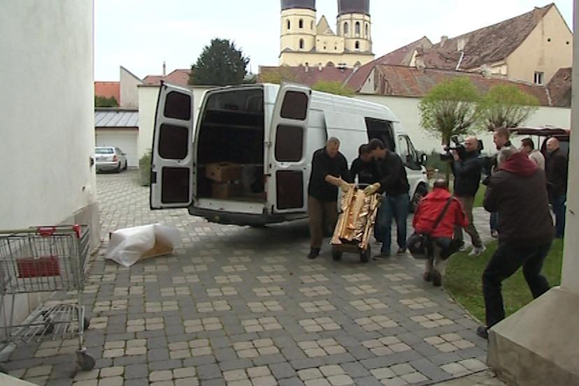 Liturgické předměty dorazily do Trnavy - nevítané
