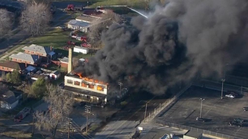 Požár chemičky v americkém Detroitu