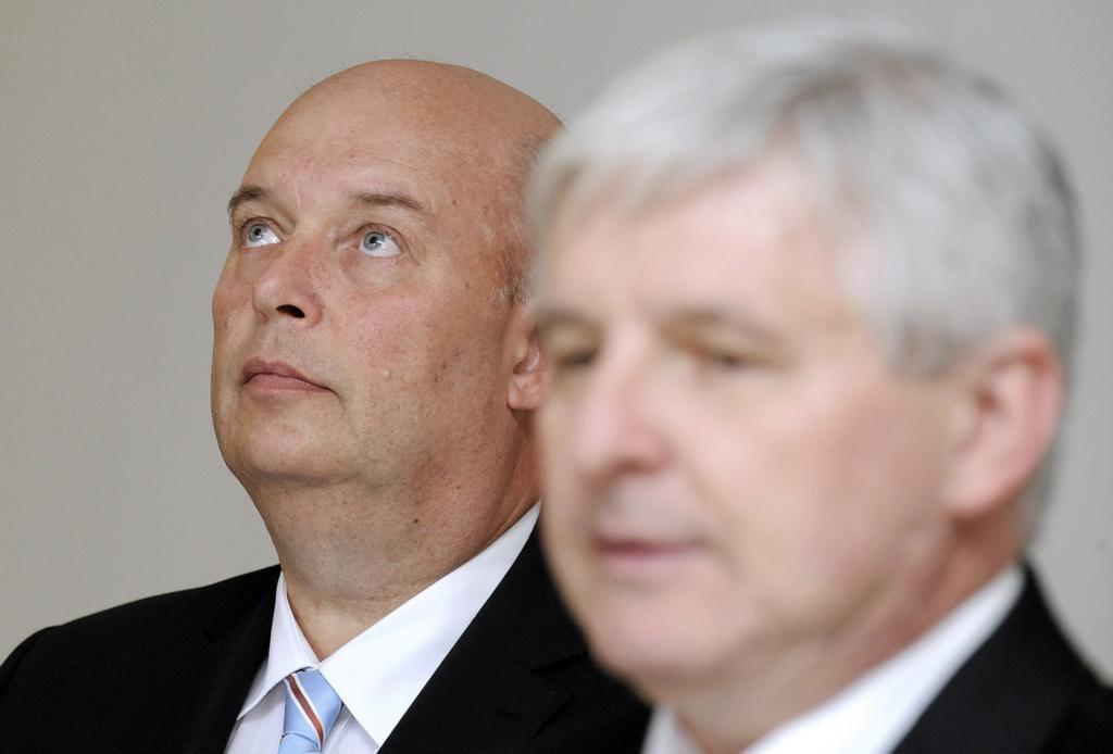 Ministr zemědělství Miroslav Toman (vlevo)