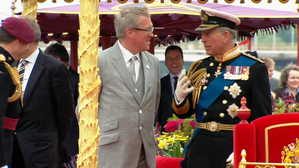 Princ Charles na královské plavbě
