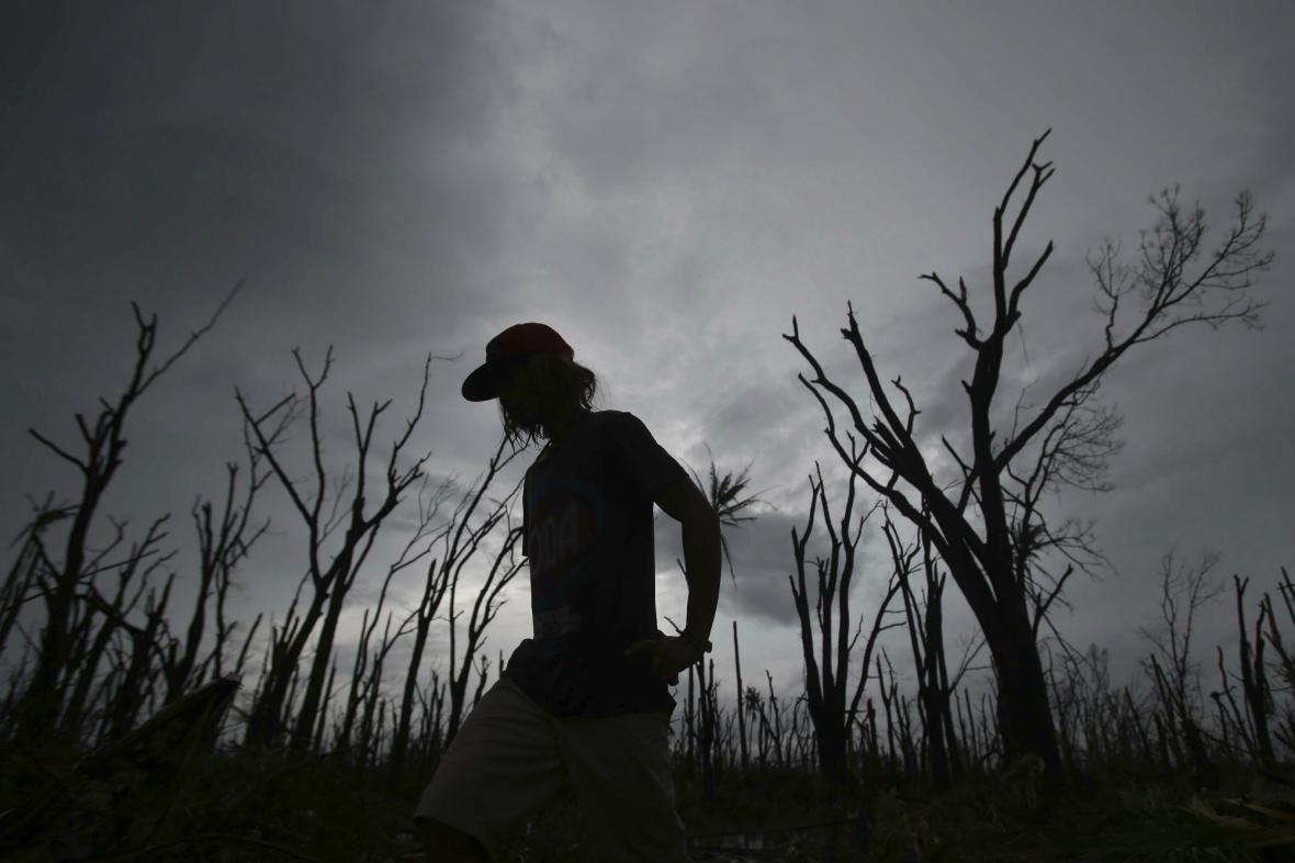 Ostrov Tacloban po zásahu tajfunem Haiyan