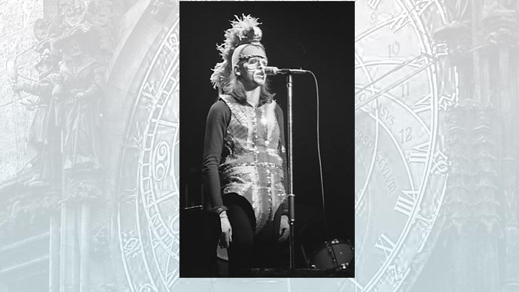 Peter Gabriel (1974)