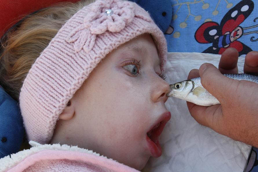 Malou Sáru vzali rodiče i rybařit