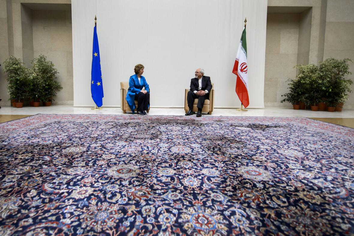 Catherine Ashtonová a Mohammad Džavád Zaríf
