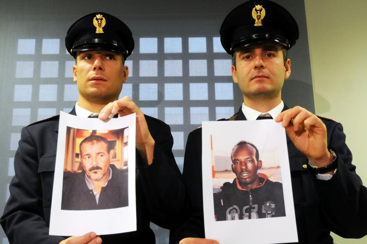 Italská policie se snímky Abdalmenema a Muhidína