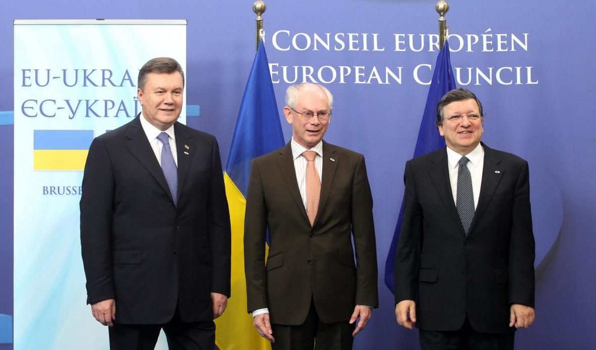 Viktor Janukovyč, Herman van Rompuy, José Manuel Barroso