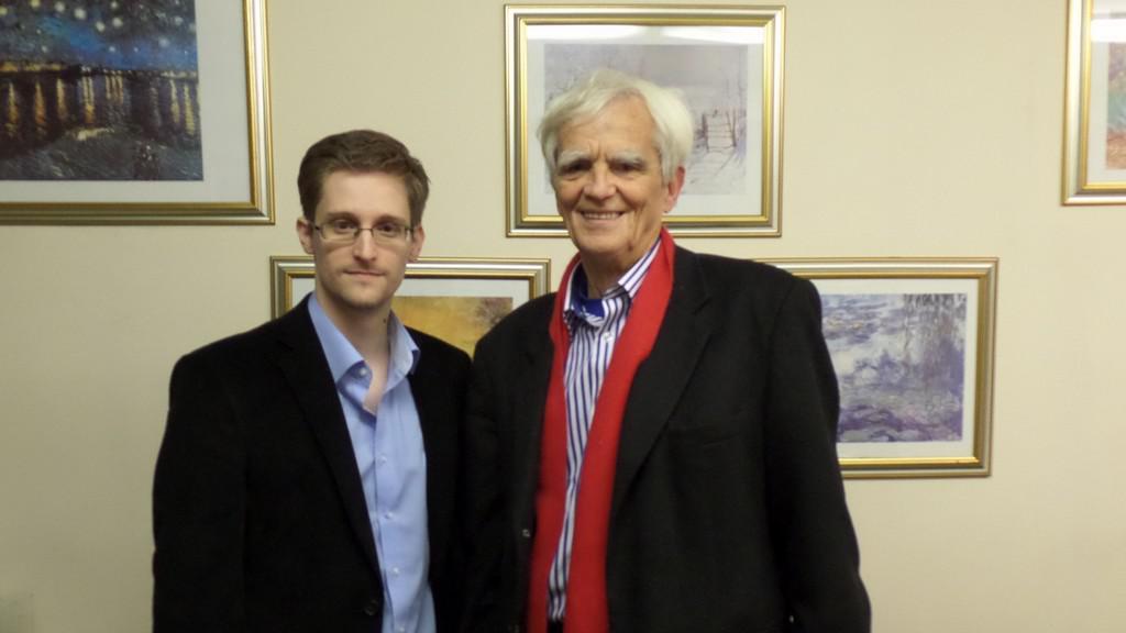 Edward Snowden a Hans-Christian Ströbele