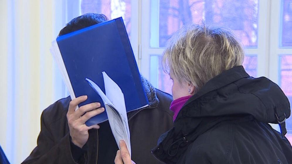Obžalovaní jednatelé firmy W&M Exclusive Marcela Rytychová Olšovská (vpravo) a Petr Polách