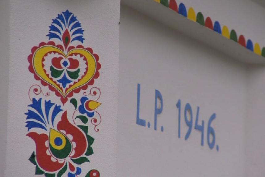 Ornamenty na fasádách v Podluží