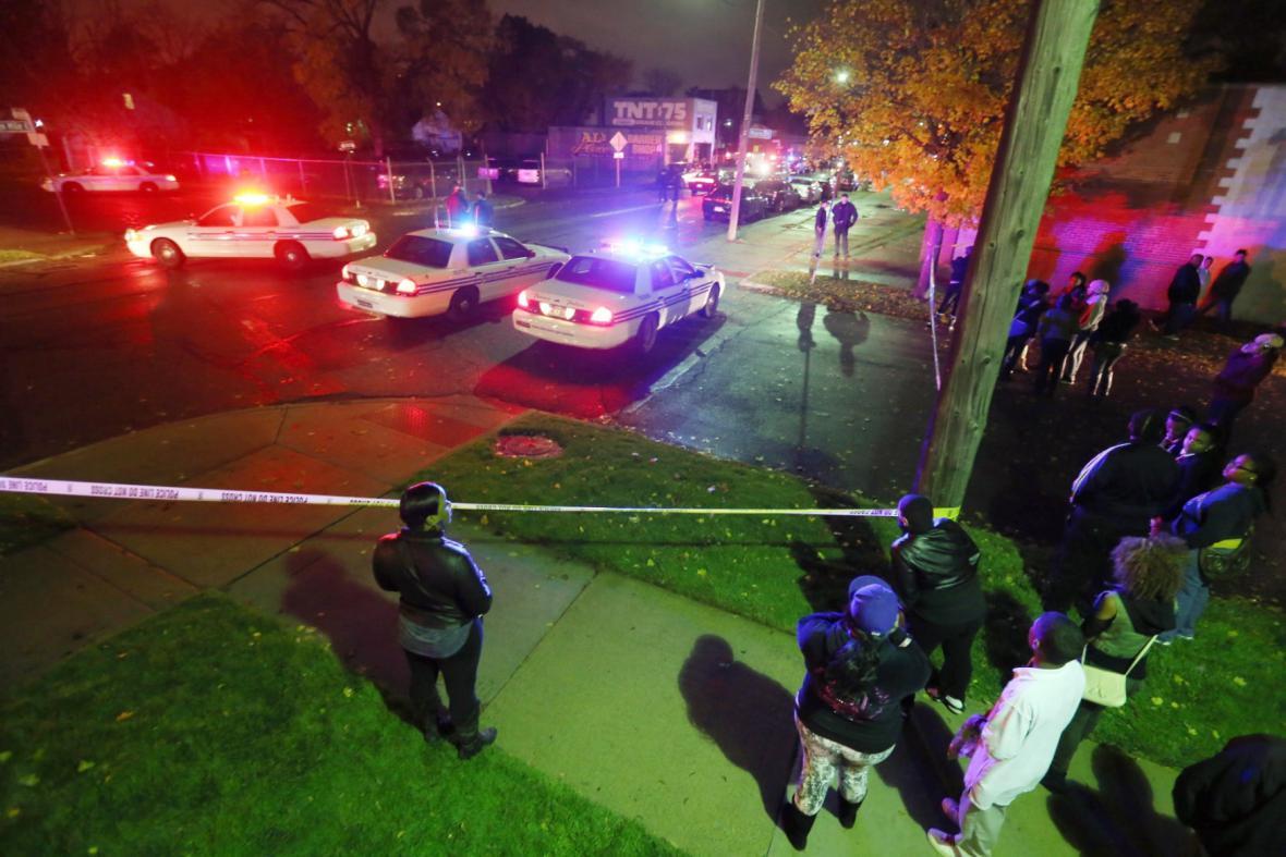 Policie na místě střelby v Detroitu
