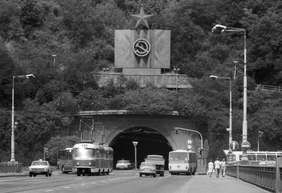 Letenský tunel