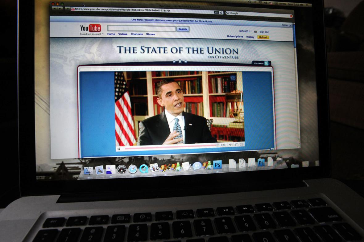 Barack Obama odpovídá na videodotazy lidí