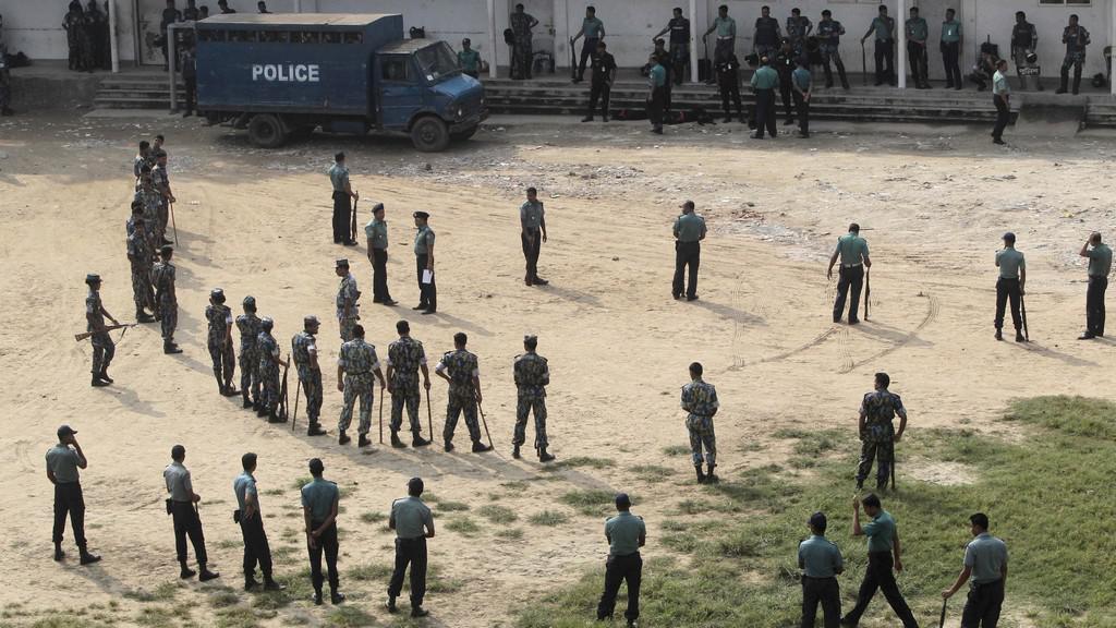 Soud s bangladéšskými vojáky
