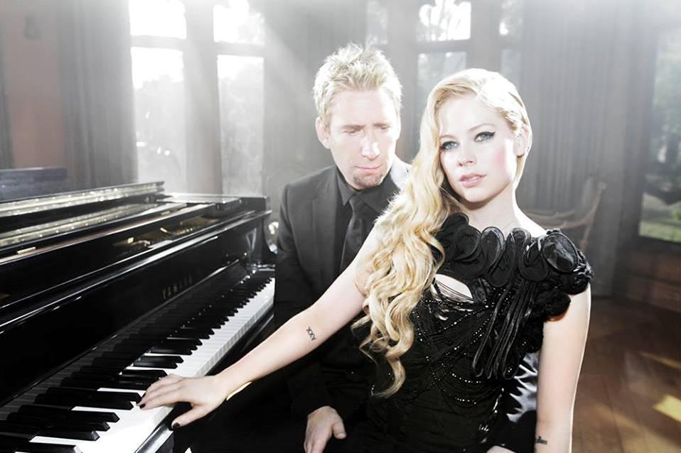 Avril Lavigne s deskou pomáhal manžel Chad Kroeger