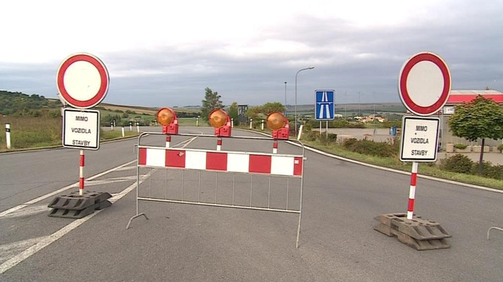 Zavřený dálniční nájezd