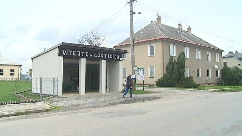 Autobusová zastávka v Lošticích