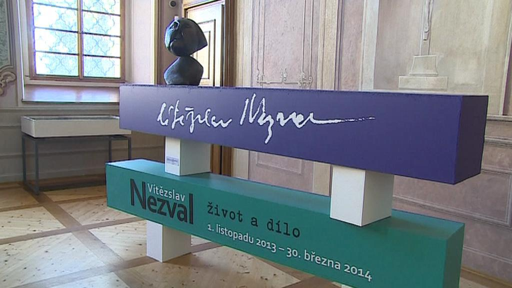 Práce Vítězslava Nezvala vystavují v Rajhradě
