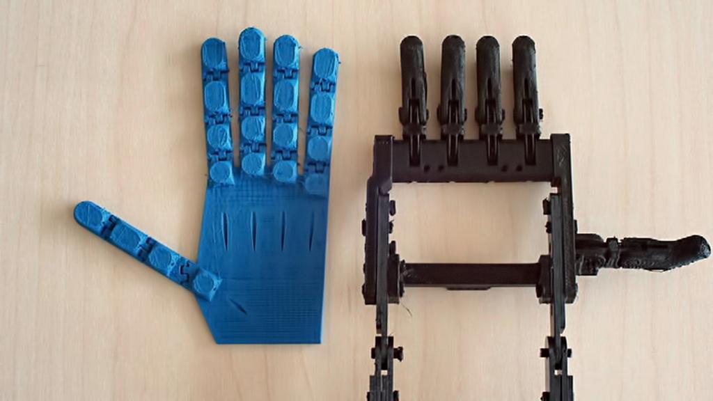 Protéza ruky ze 3D tiskárny
