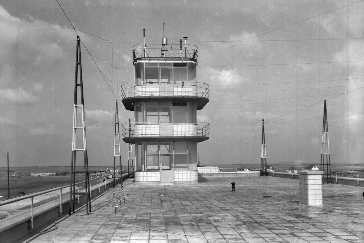 Ruzyňské letiště v roce 1937