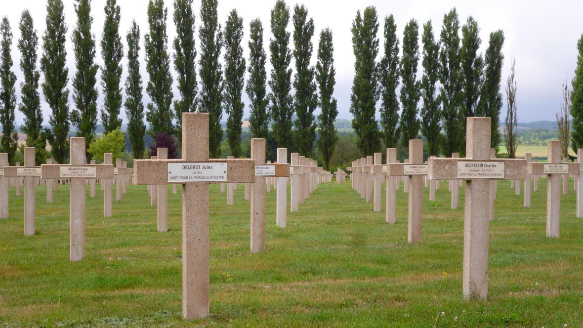 Hřbitov na předměstí Verdunu
