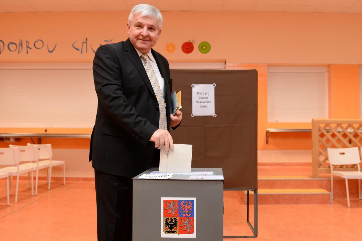 Jiří Rusnok u voleb