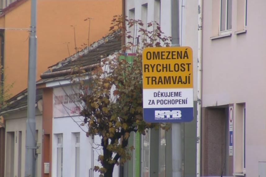 Tramvaje musí Minskou projíždět pomalu