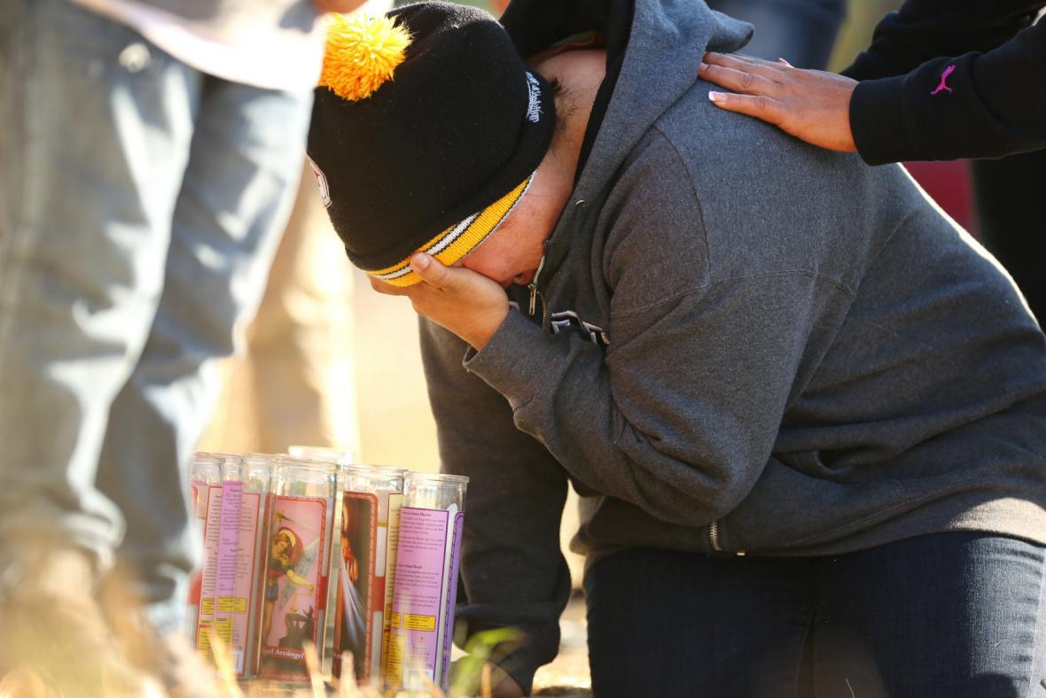Příbuzní chlapce, kterého zastřelila policie kvůli plastové pušce