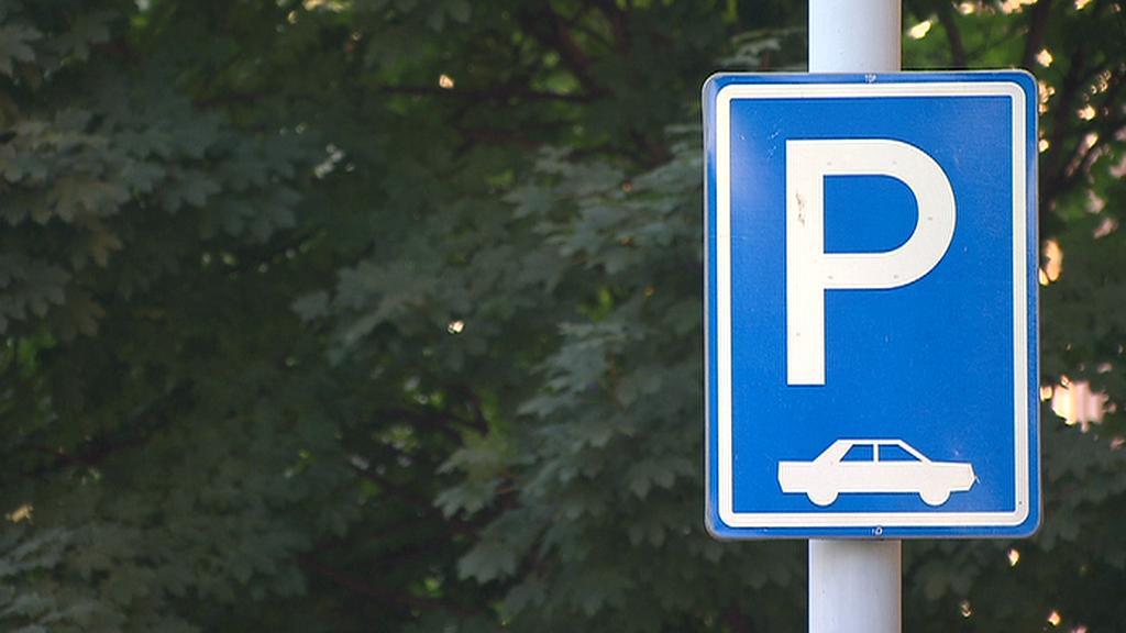 V Praze je problém zaparkovat