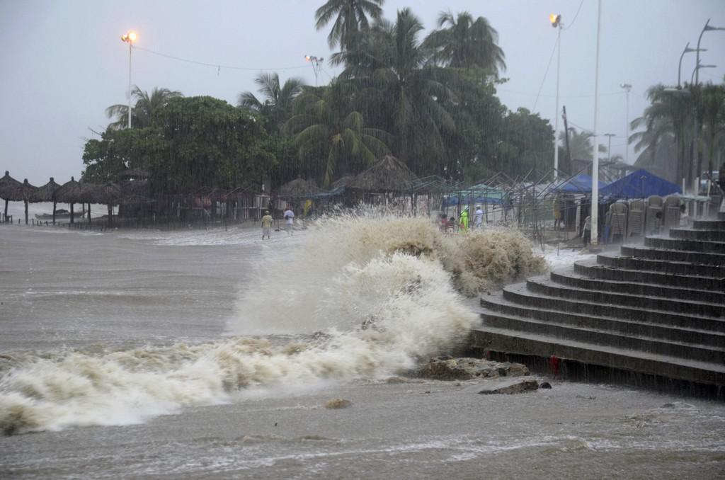 Následky bouře ve městě Acapulco