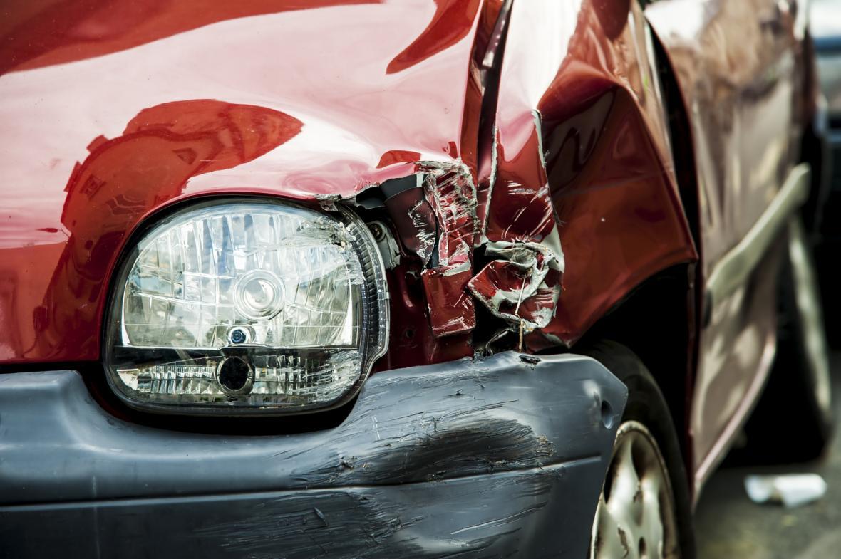 9900b85446d Na D1 u Brna havarovalo šest aut. Jeden člověk se zranil
