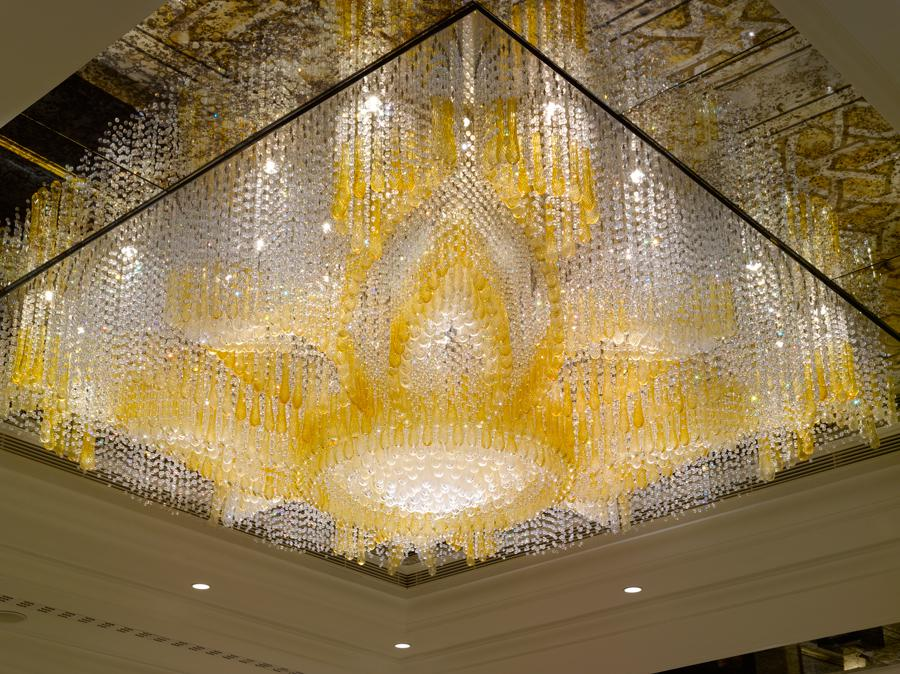 Lustr v hotelu Shangri-La, Istanbul