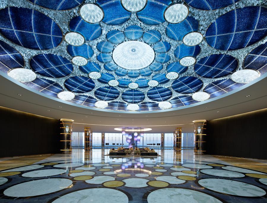 Jumeirah at Etihad Towers v Abú Dnabí, Spojené arabské emiráty