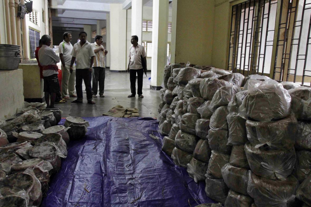 Indie se připravuje na úder cyklonu