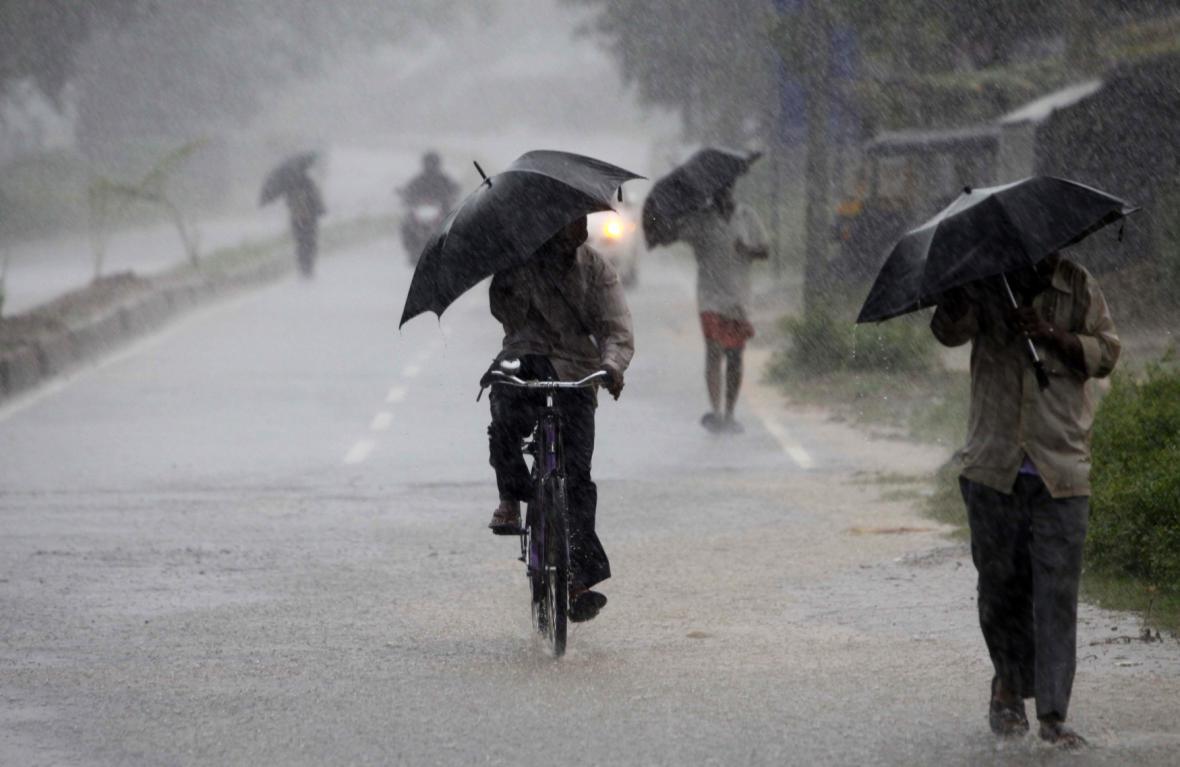 Indii ohrožuje silný cyklon