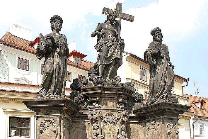 Sousoší svatého Kosmy a Damiána se Salvátorem