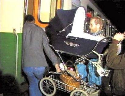 Odjezd Němců vlakem v roce 1989