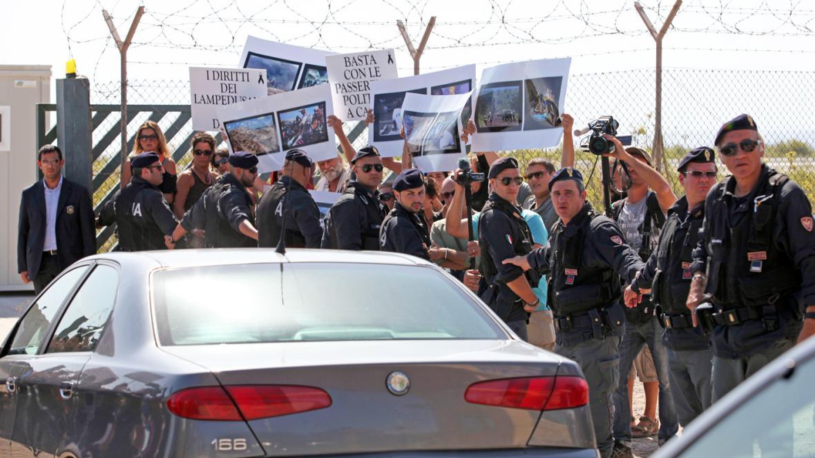Na Lampeduse se demonstrovalo proti Barrosovi