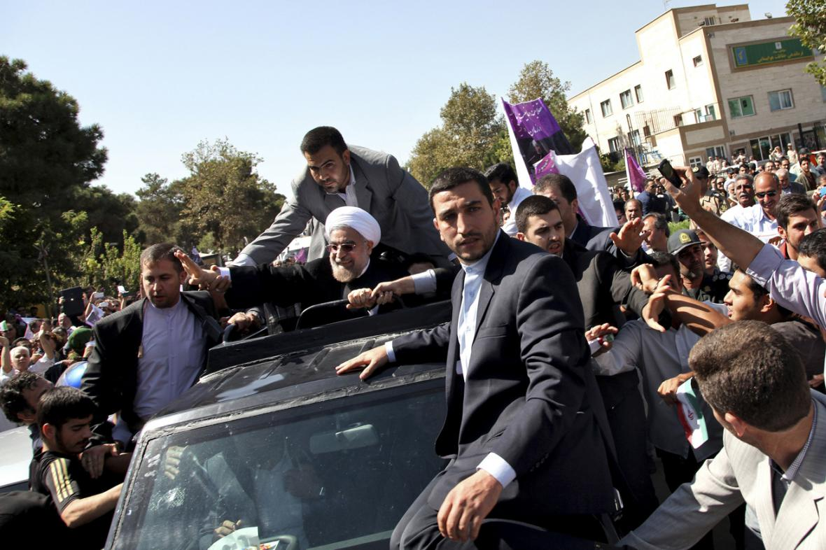 Hasan Rouhání po návratu do Teheránu