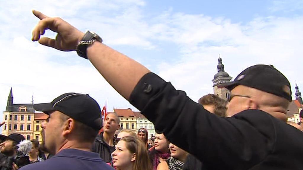 Protiromští demonstranti v Českých Budějovicích