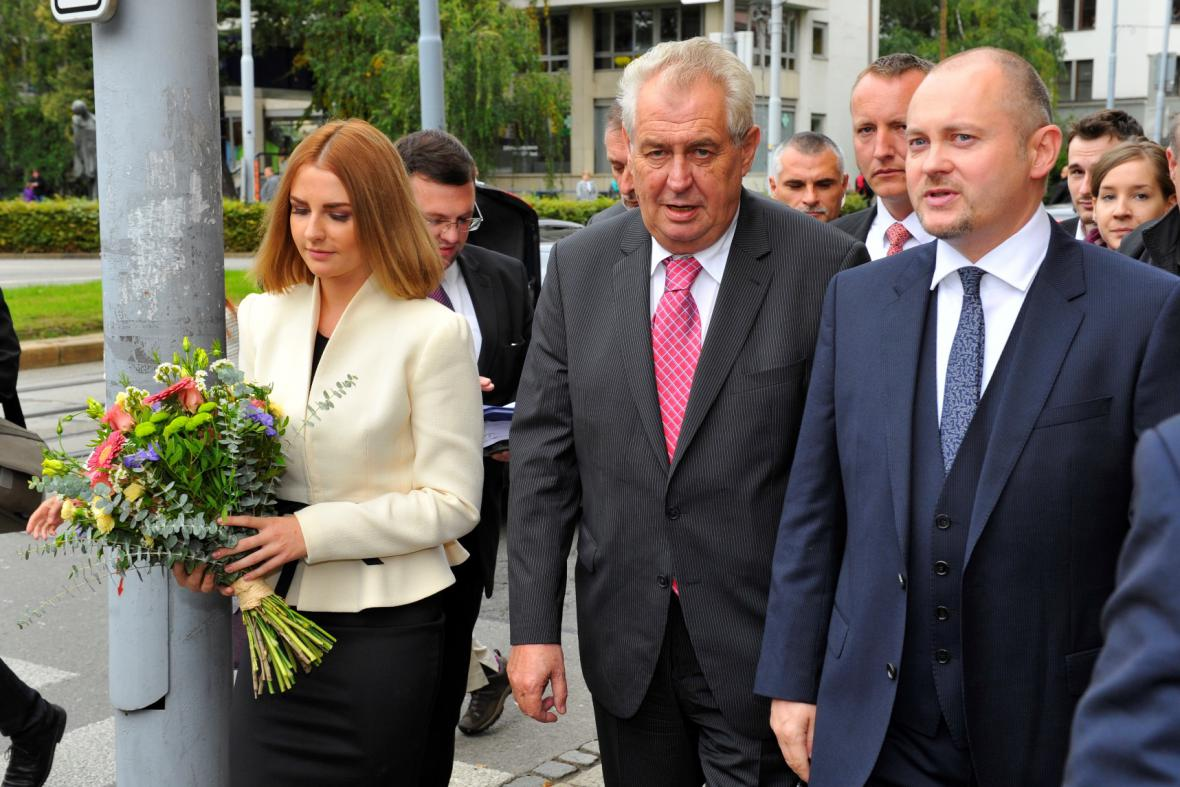 Miloš Zeman zahájil v Brně spolu s dcerou Kateřinou návštěvu Jihomoravského kraje