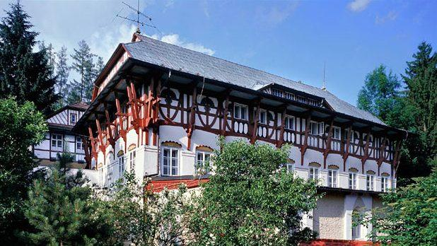 Vodoléčebný ústav v Luhačovicích