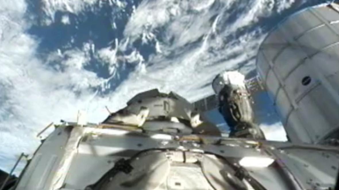 Připojení Sojuzu k ISS