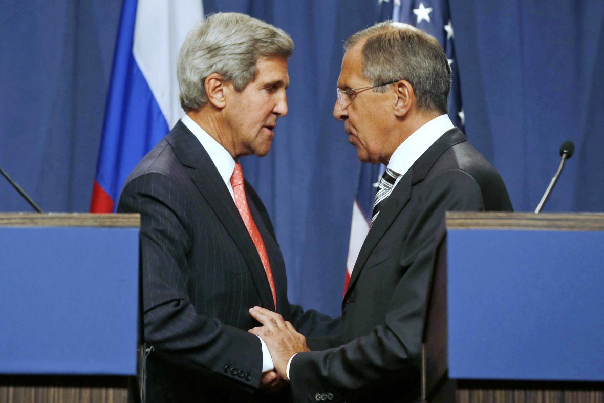 Kerry a Lavrov se dohodli. Sýrie musí ukázat svůj chemický arzenál