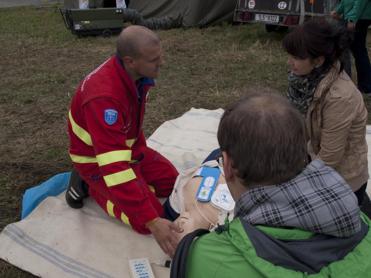 Záchranáři na Dnech NATO 2013
