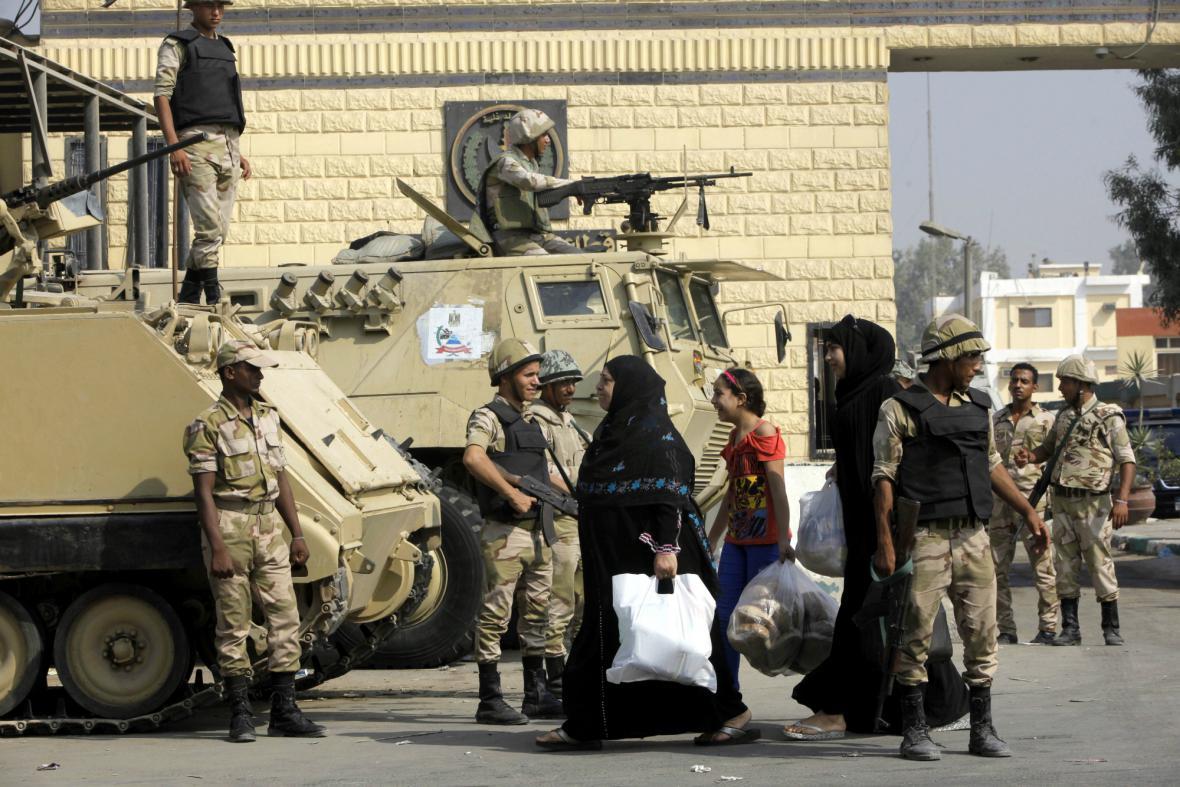 Kontrolní stanoviště v Káhiře